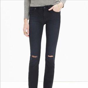"New Madewell 8"" skinny jeans knee-rip"